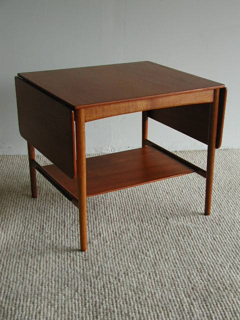 Hans Wegner Drop Leaf Side Table